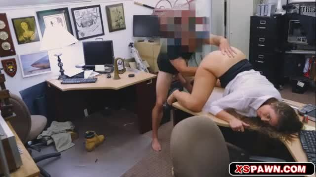 Sucking the fat cock that will fuck her pussy hard