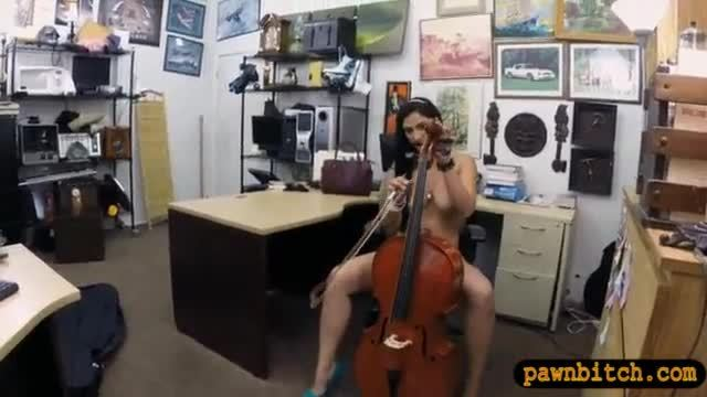 Sexy amateur sells her cello and fucked