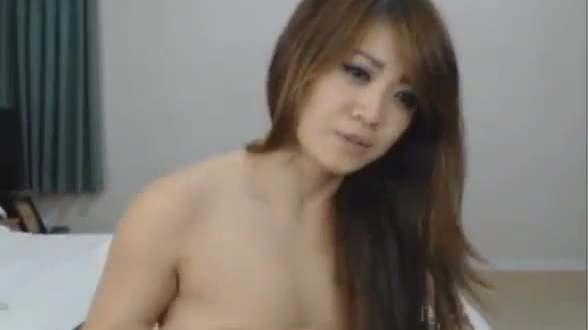 Hot asian webcam girl fingers her pussy 6